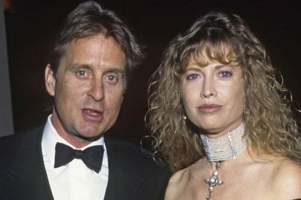 Michael e Diandra Douglas - $ 45 milhões