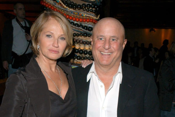Ron Perelman e Ellen Barkin - $ 20 milhões