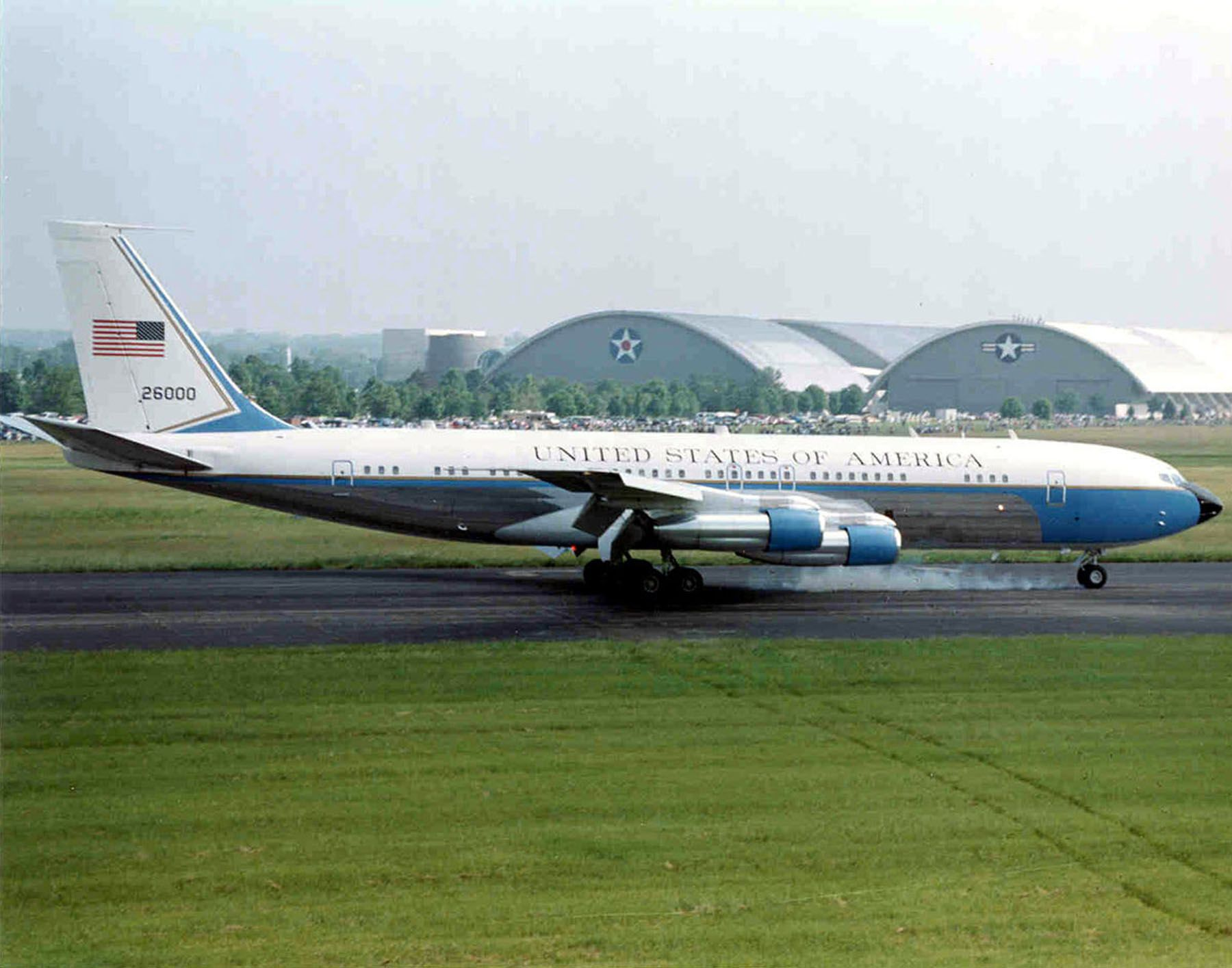 Air Force One Shows Its Age