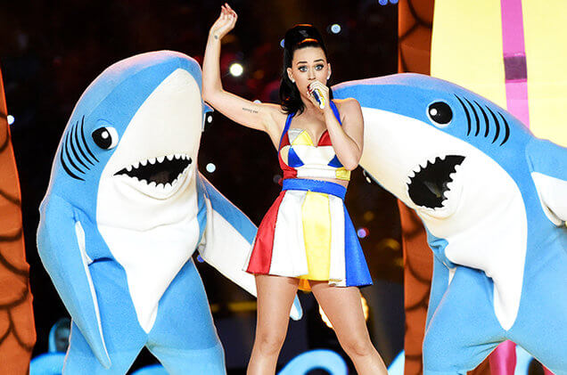 2015: Left Shark