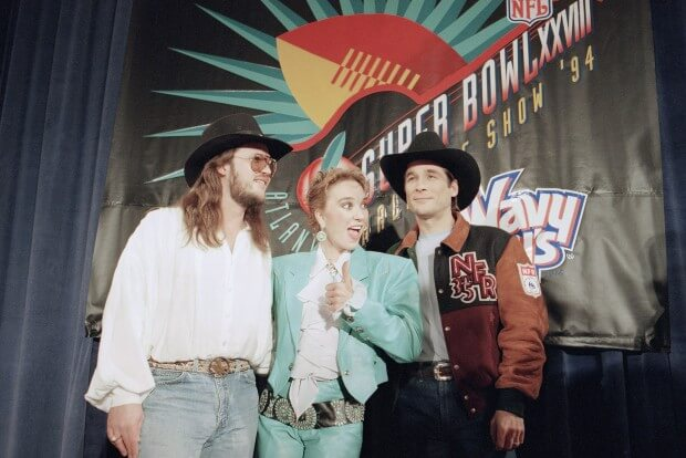 1994: Tanya Tucker, Clint Black, Travis Tritt, The Judds