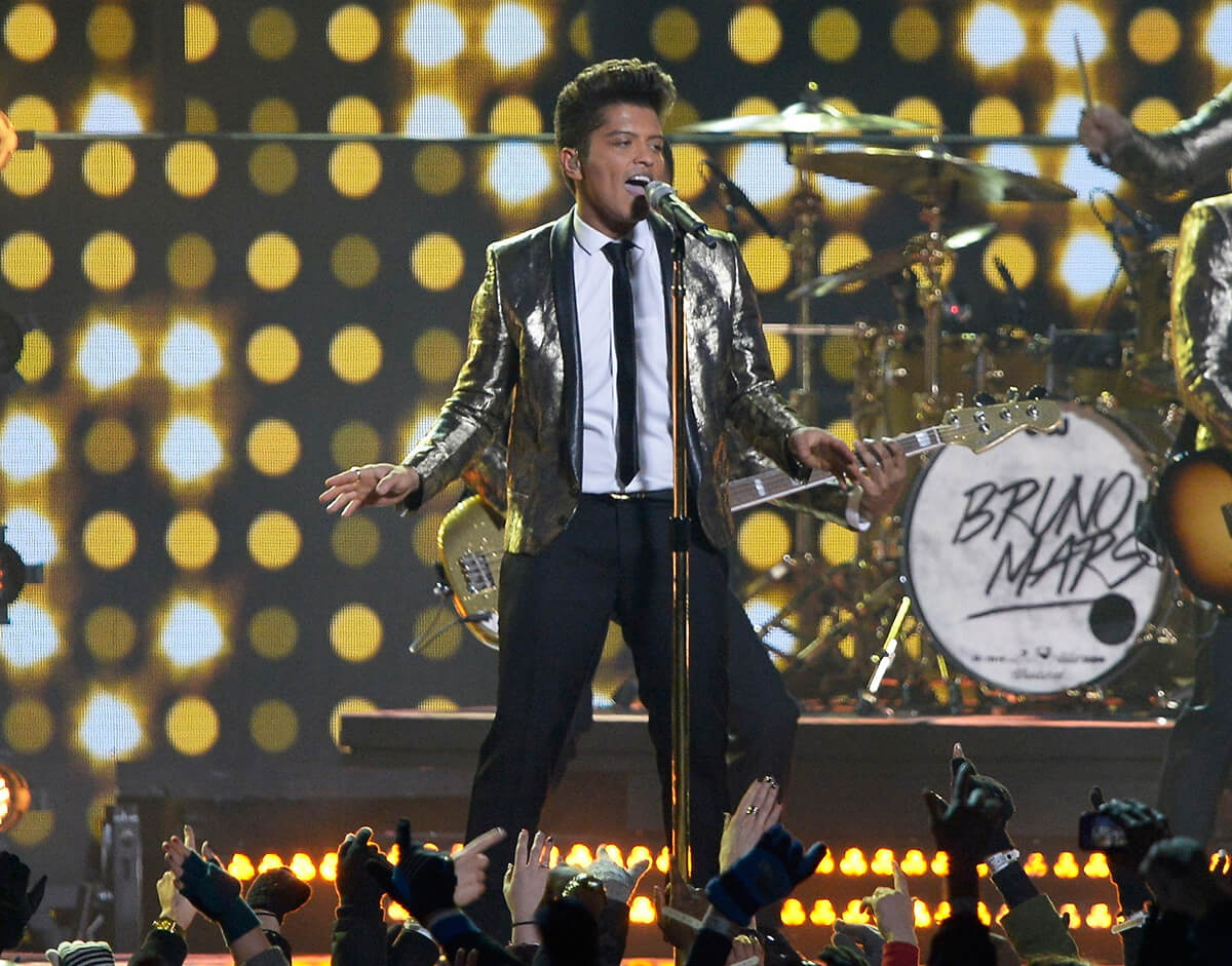 2014: Bruno Mars, The Red Hot Chili Peppers