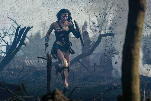 Wonder Woman – Spotless Boots
