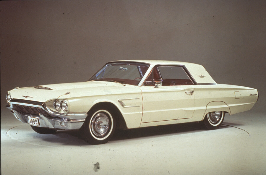Ford Launched This Famous Two-Seat Convertible To Go Head-To-Head With The Corvette
