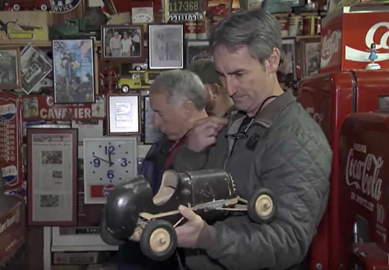 Buying A 1939 Tether Model Car