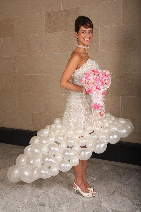Moça Dos Balões