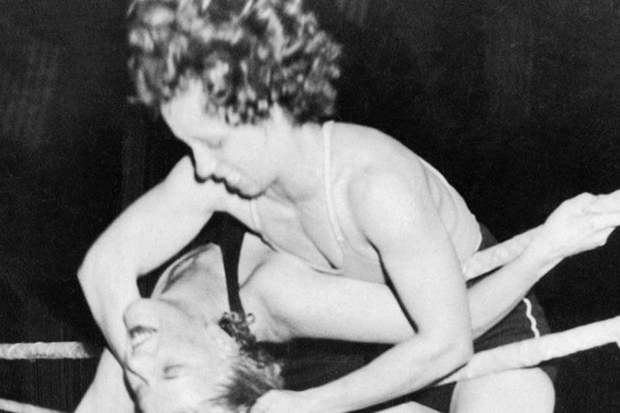 Mildred Burke And June Byers In An Unscripted Fight