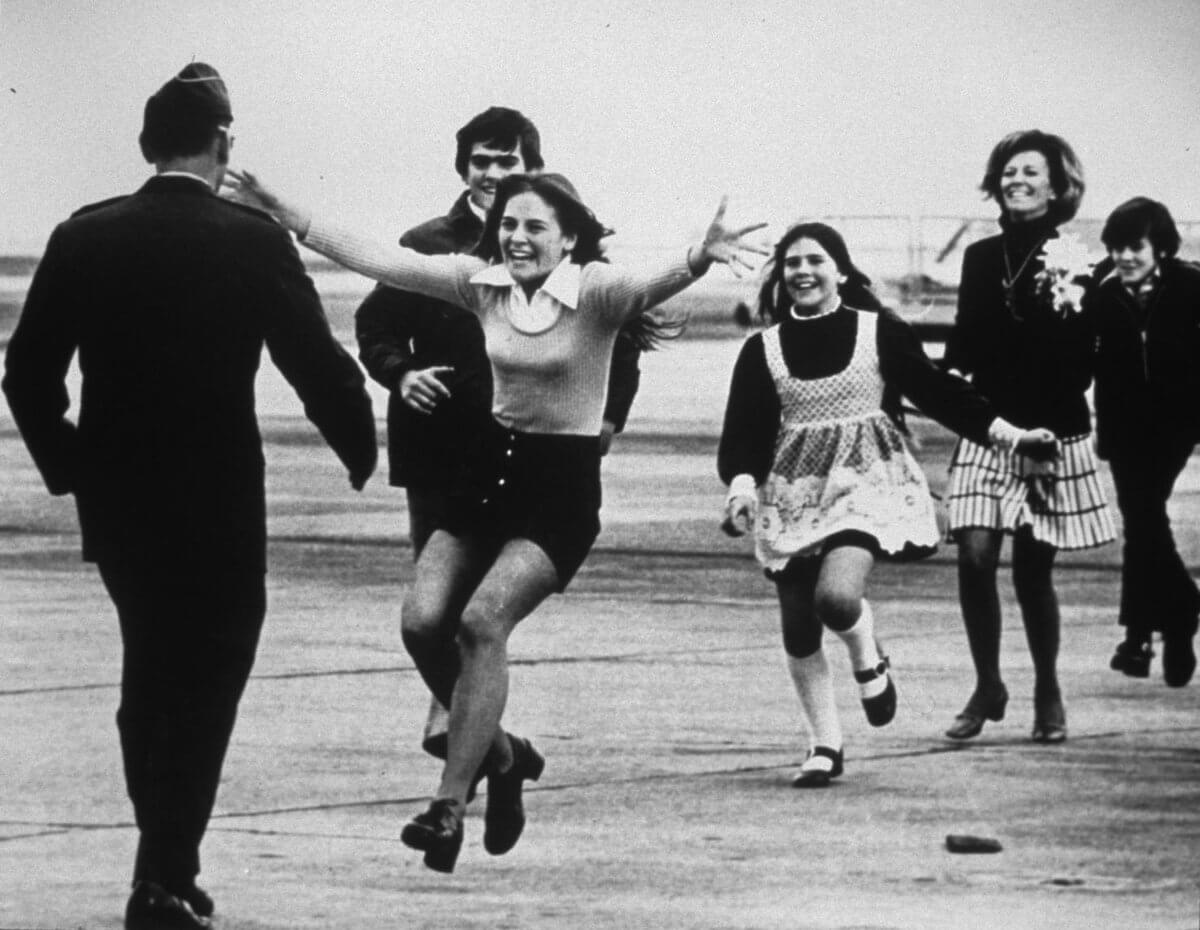 Vietnam Soldiers Were Reunited with Their Family