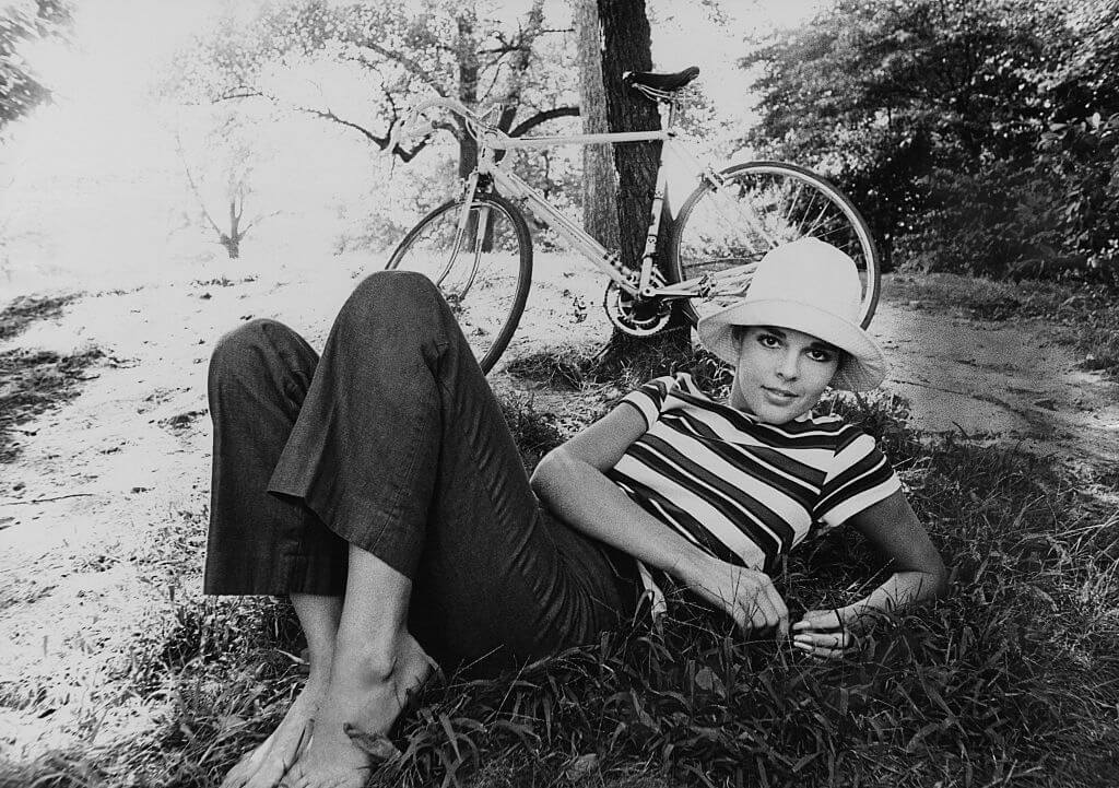 Ali MacGraw Relaxing In The Grass