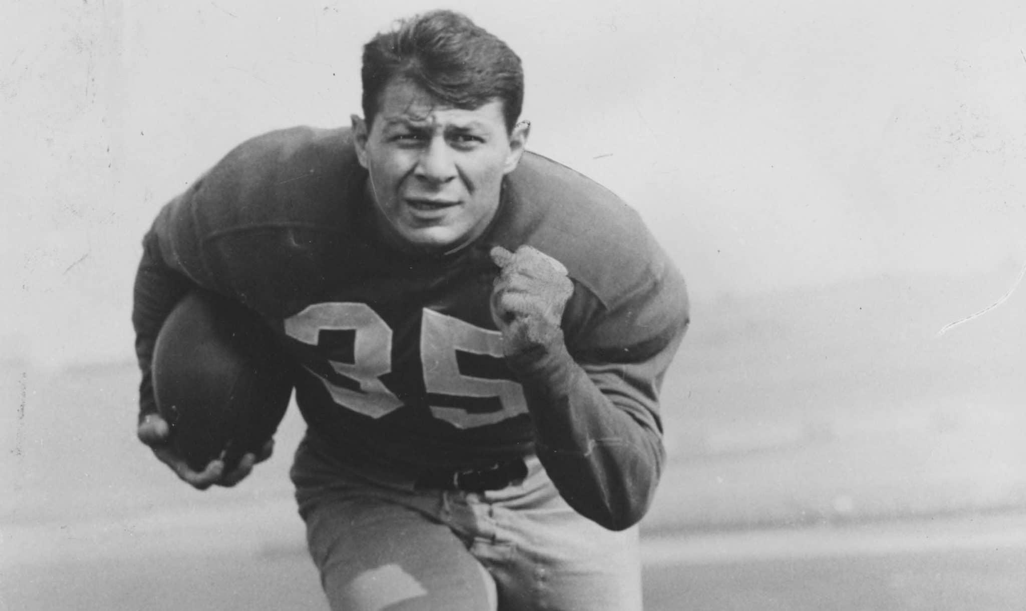 Pete Pihos — Indiana (Big Ten) (1942-1943; 1945-1946)