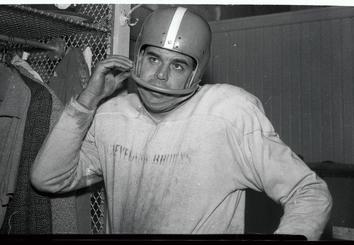 Otto Graham — Northwestern (Big Ten) (1941-1943)