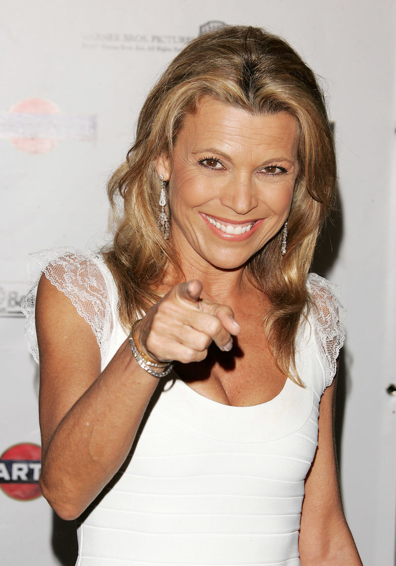 "Vanna White Loves ""Helping"" Contestants"