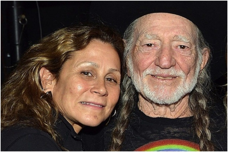 Willie Nelson And Annie D'angelo – 28 Years
