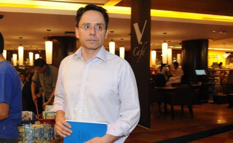 Luís Frias – US $ 3,2 bilhões