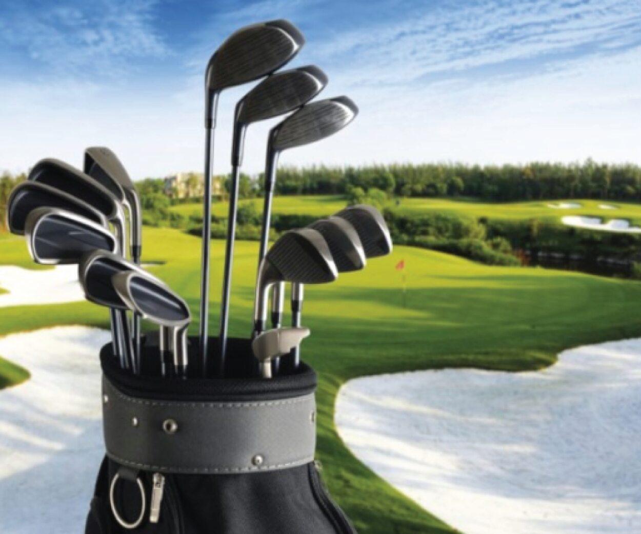 Limpe os seus tacos de golfe