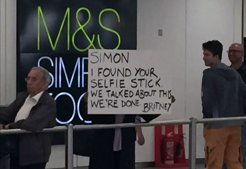 Simon And His Selfie Stick